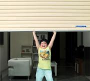 Cửa cuốn kéo tay-sửa cửa cuốn kéo tay khi bị hỏng