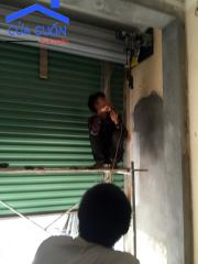 Dịch vụ sửa chữa cửa cuốn tại chợ bầu kim chung đông anh hà nội.